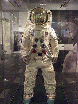 PBI fibers in astronauts' clothing